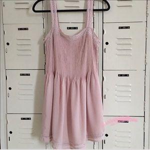Aritzia Dresses - ✨HOST PICK✨Wilfred Leone Dress pintucks & crochet